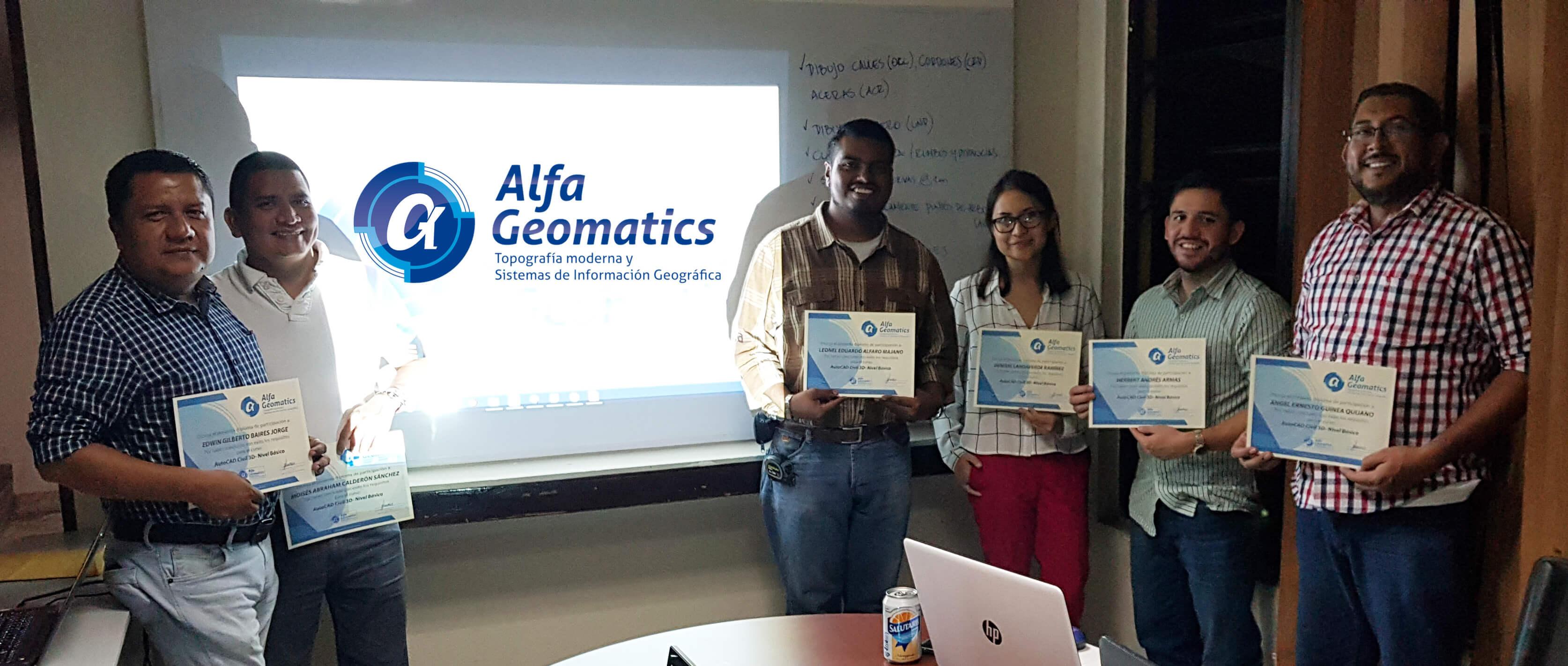 Graduación de estudiantes Alfa Geomatics