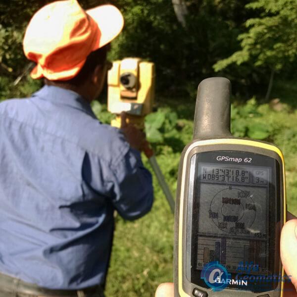 GPS y Estación total Alfa Geomatics