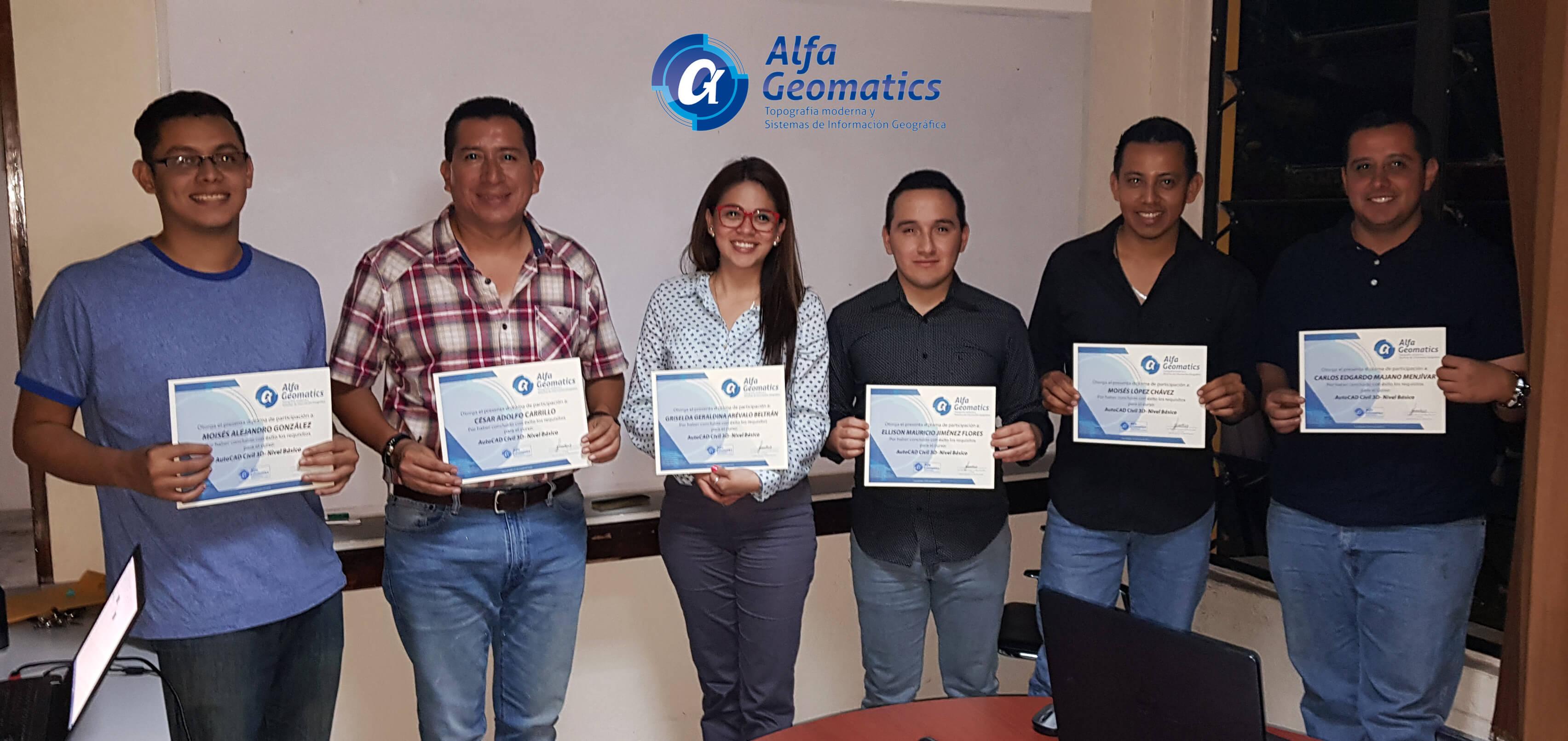 Estudiantes de cursos Alfa Geomatics